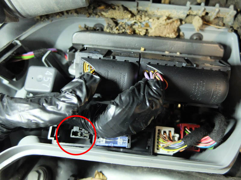 Zdemontowany bezpiecznik od czujnika NOx