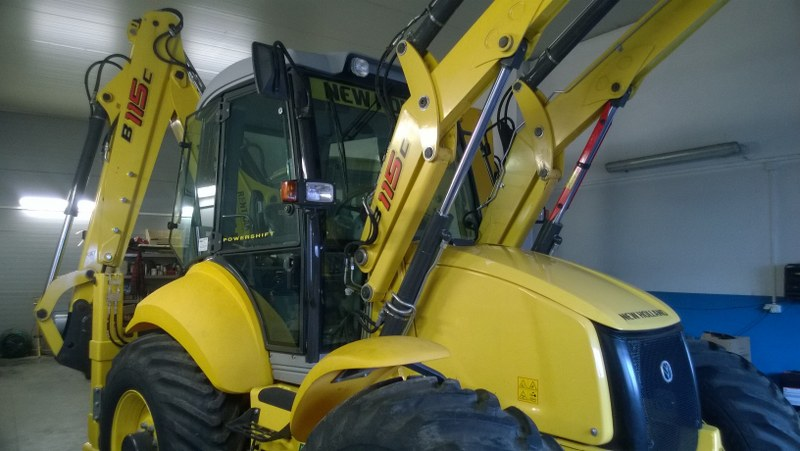 New Holland B115C 3.4 l 82 kW / 110 KM