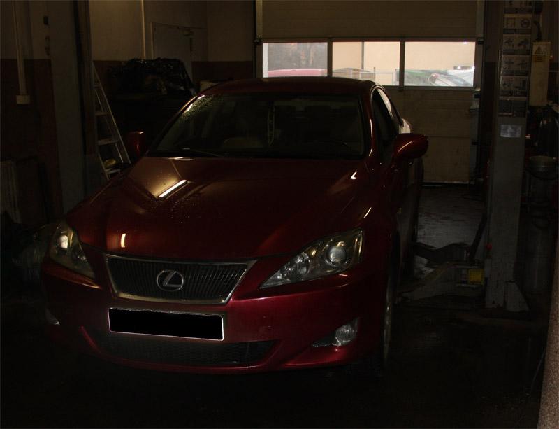 Lexus IS220D 2.2 D 130 kW / 177 KM